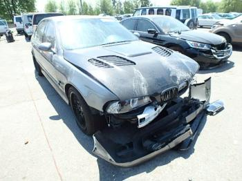 Salvage BMW M5